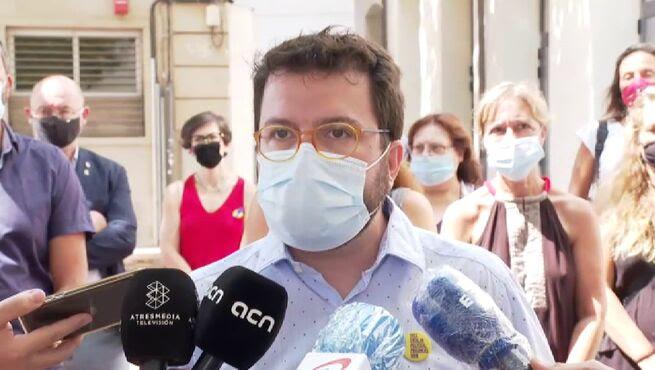 Barcelona-Pere_Aragones-Parlament-rey_em