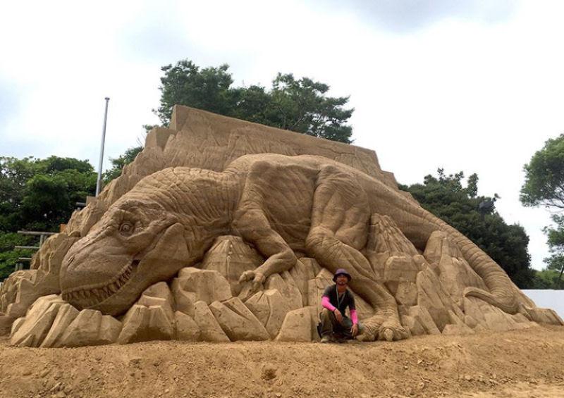 As extraordinárias esculturas de areia de Toshihiko Hosaka 03