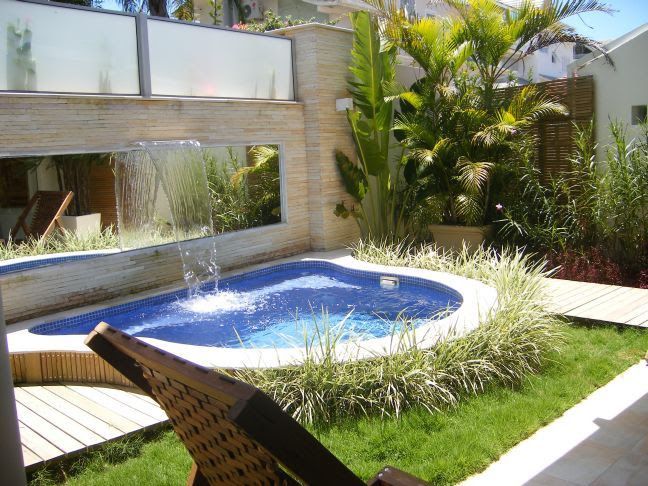 Small Back Yard Pool Design