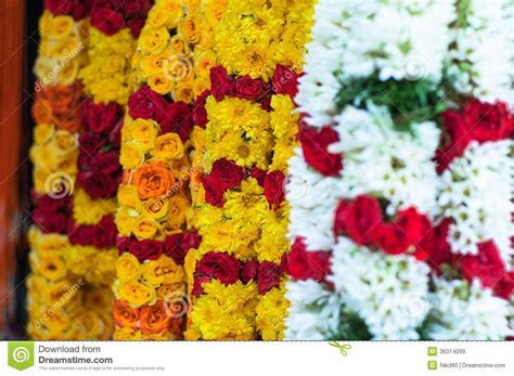 Defocus On The Yellow Marigold Garland   India Thailand
