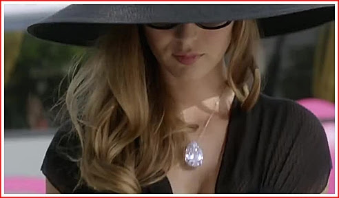 Louise Bourgoin duo d'escrocs diamant.jpg