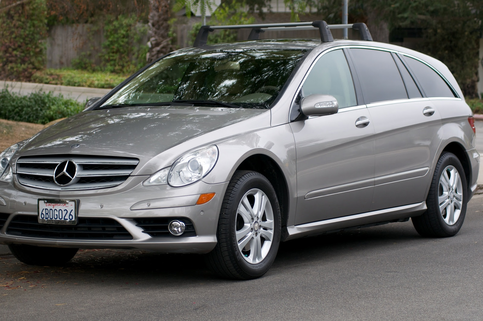 2008 Mercedes-Benz R-Class - Information and photos - Zomb ...