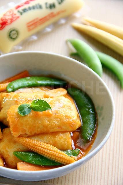 Braised Tofu in Tomato Sauce