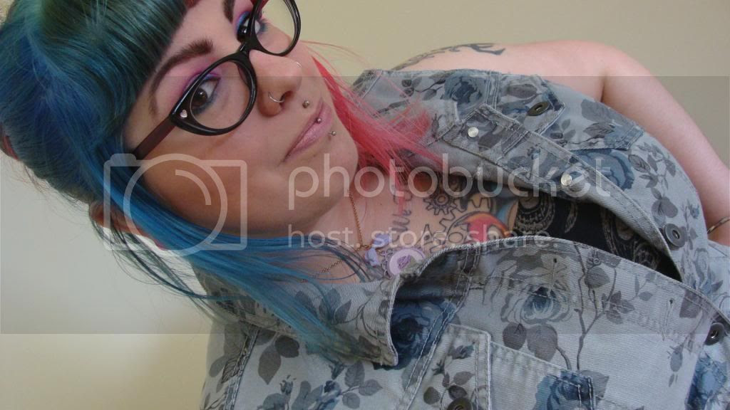 outfit of the day, ootd, pink hair, blue hair, half and half hair, denim vest, imyourpresent, etsy, floral vest, target vest