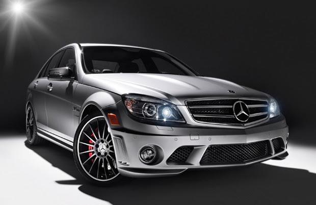 Mercedes-Benz Affalterbach tem carroceria cinza