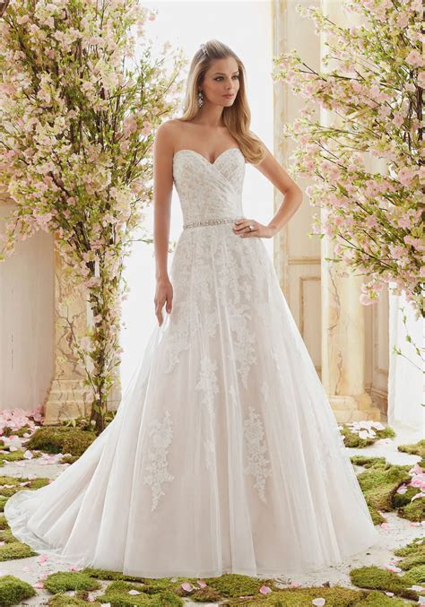 Tulle on Beaded Lace Appliques Wedding Dress   Style 6834