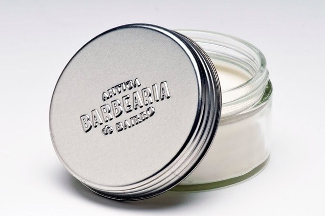Sab+úo de barba- nova tampa em lata