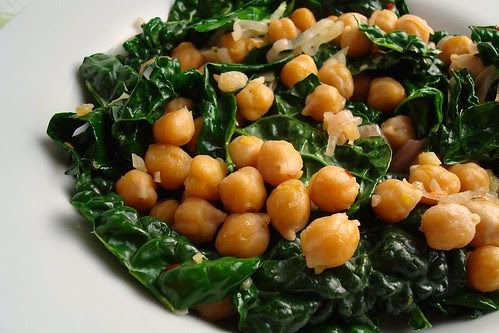 Chickpea and Kale Stirfry