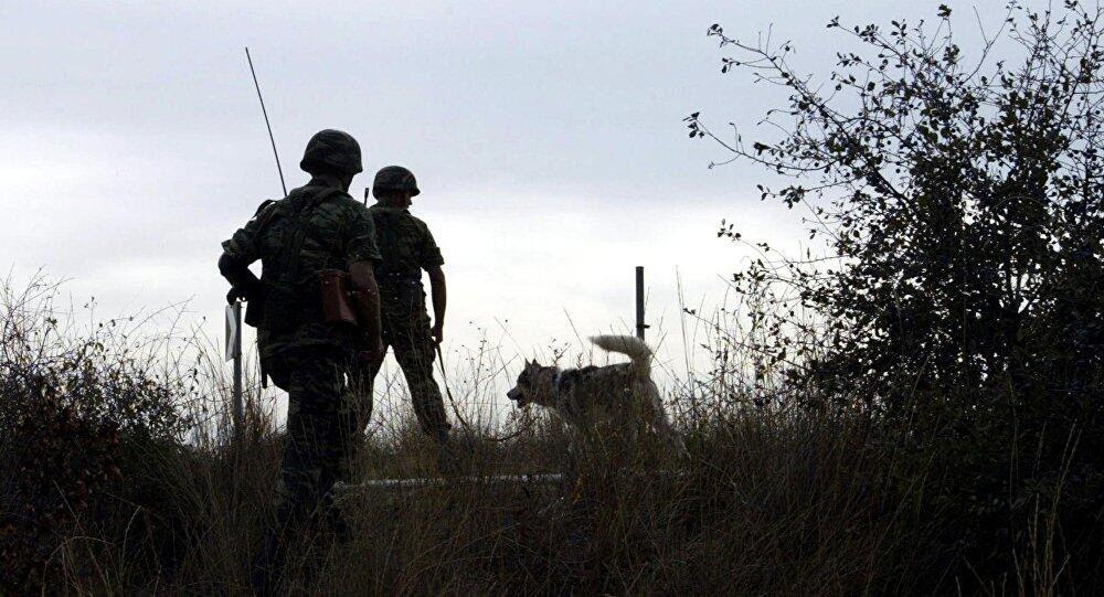 Two Greek soldiers who 'accidentally' crossed into Turkey arrested: Media reports