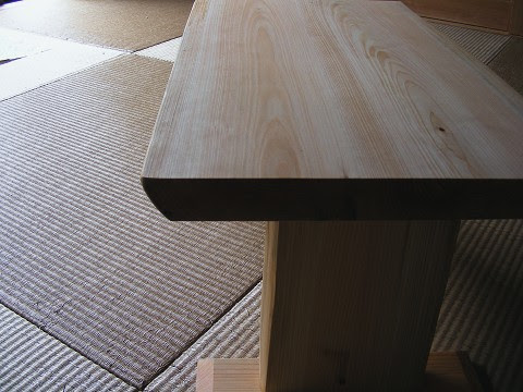 ヒノキひとりテーブル