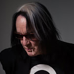 Todd Rundgren Interview - Individualist Book, Songwriting - Songwriteruniverse