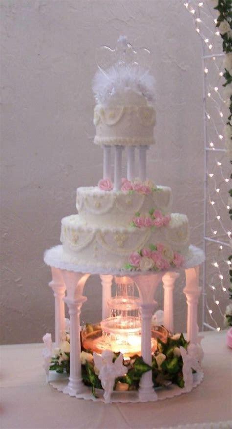 wilton fountian cake   My first wedding cake ? 2006