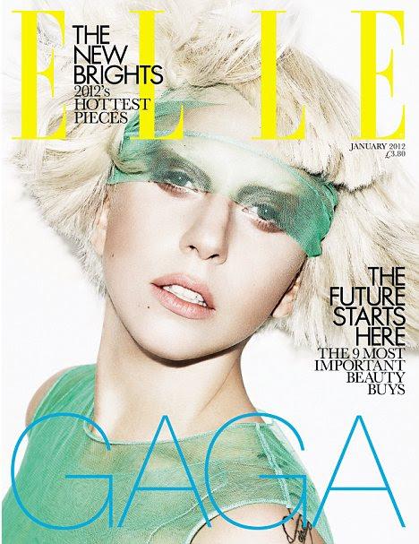 """Quando se fala de jovens designers, Gaga disse: 'Eu gosto de usar designers jovens e dar-lhes uma plataforma comercial, mas eu não sou apenas um cabide """""""