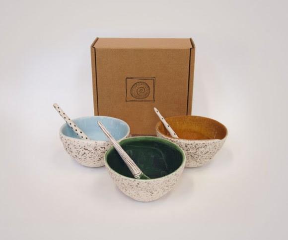 Boxed Swirl Bowl & Spoon Image