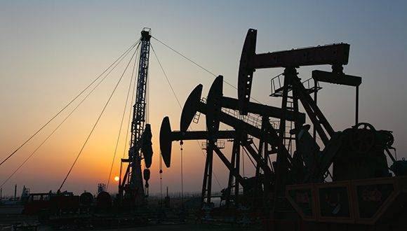 Oil pumps. Oil industry equipment.; Shutterstock ID 105476660; PO: The Huffington Post; Job: The Huffington Post; Client: The Huffington Post; Other: The Huffington Post