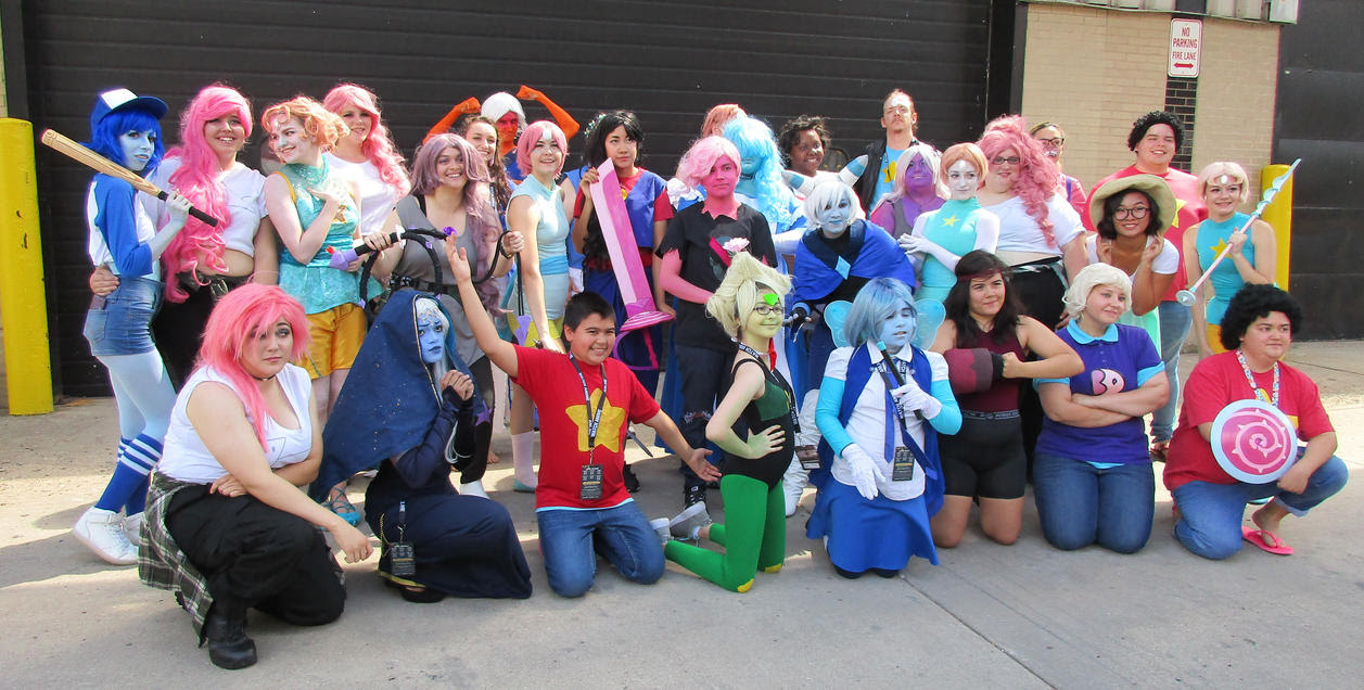 Always a large gathering -at any and all Steven Universe meetups! *universally popular* Our fellow deviant BeckyIronWorksis the (horned) Holly Blue; the baseball-bat-wielding Lapis [Bob...