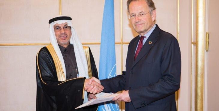 Abdulaziz Alwasil, Saudi Arabian represtative to the UN Human Rights Council, with Michael Møller(, Director-General of the United Nations Office at Geneva. Switzerland. UN Photo/Pierre Albouy