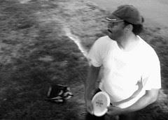 365-6 Kenny at disc golf