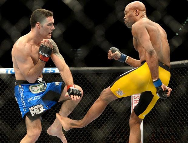 Anderson Silva lesão UFC Las Begas (Foto: Reuters)