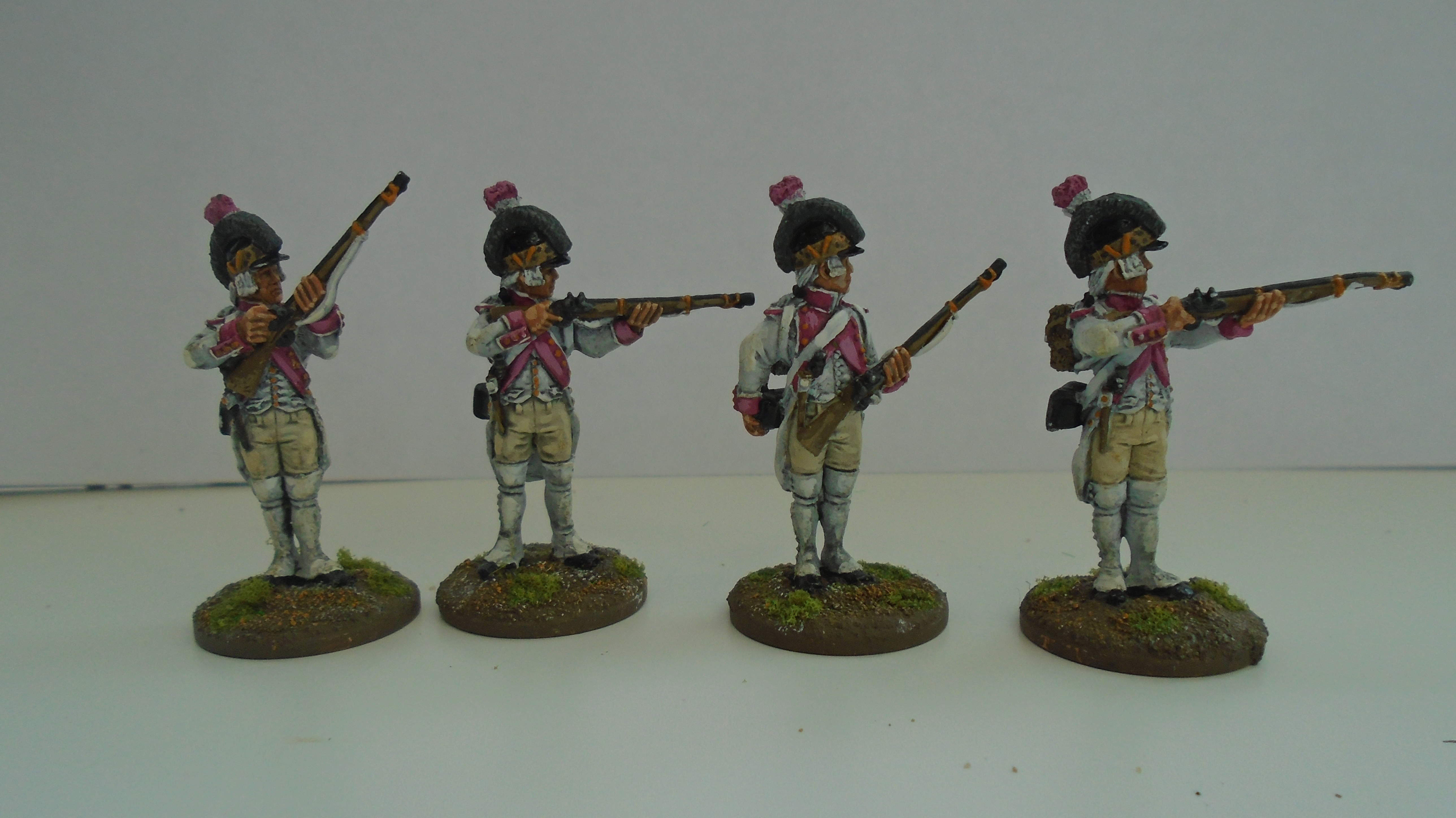 Firing line in casquette Soldiers of the Ancien Regime