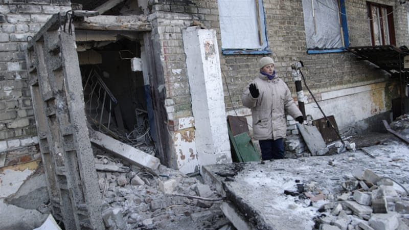 The fighting in eastern Ukraine has displaced thousands of civilians and killed hundreds more [EPA]