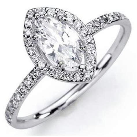 Marquise engagement ring with thin band. Perfection