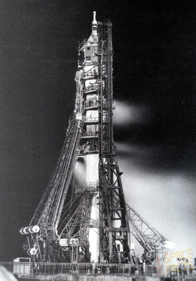 Apr23-1967-soyuz-1-on-pad