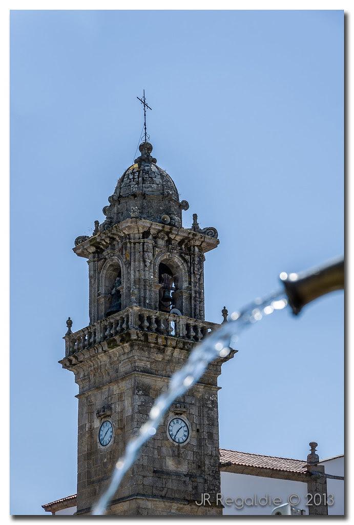 Agua y torre by JR Regaldie Photo