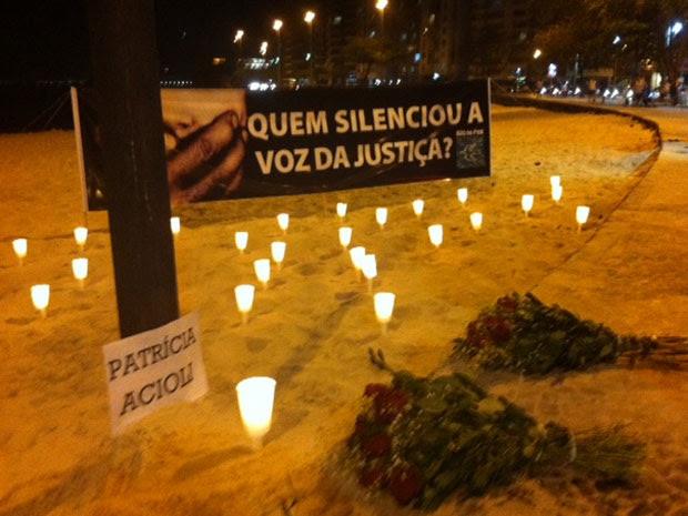 ONG faz protesto pela morte da juíza em Niterói (Foto: Alba Valéria Mendonça/G1)