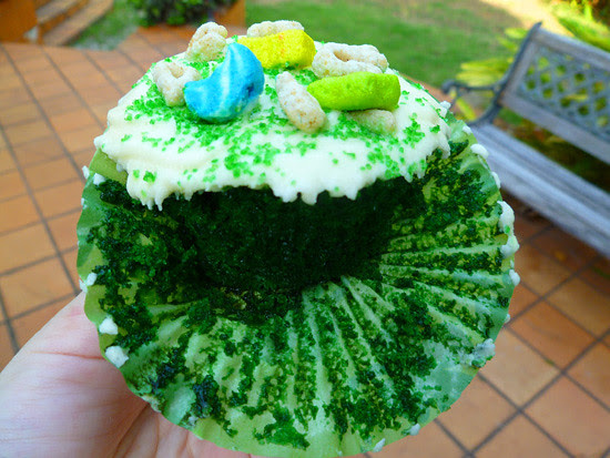 03 March 17 - Magnolia's Green Velvet Cupcakes (10)