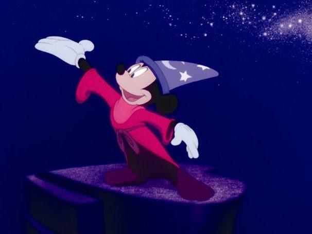"""Mickey estrela a história """"O Aprendiz de Feiticeiro"""" (Foto: Divulgação / Reprodução)"""