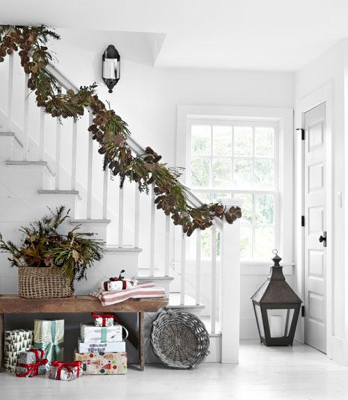 Pine Cone Garland Christmas
