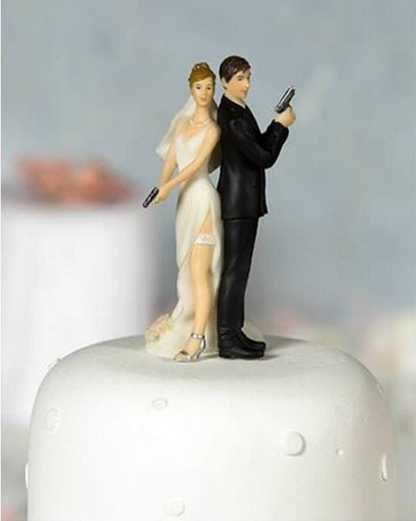 Download this Hilarious Wedding Cake... picture