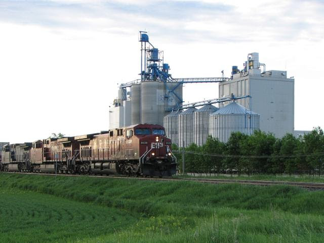 CP 8638 at the Can-Oat facility in Portage la Prairie, Manitoba