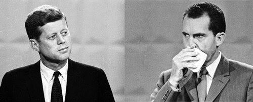 Durante os debates presidenciais de 1960, JFK teve a presença de uma personalidade de televisão, enquanto Nixon manteve enxugando o suor do rosto.