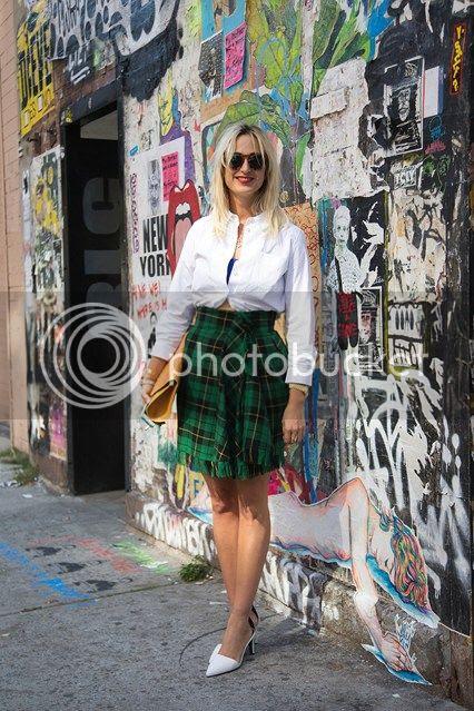 photo Elizabeth-von-Thurn-und-Taxis_426x639_zps49ebeac1.jpg
