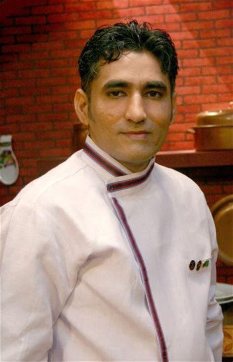 Chef Tahir in Chef's Dress   Chef image kfoods.com