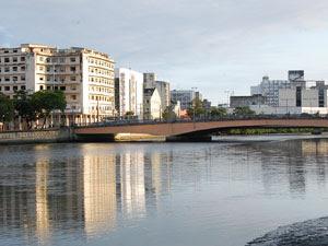 Ponte Duarte Coelho, no Centro do Recife (Foto: Luna Markman/G1 PE)