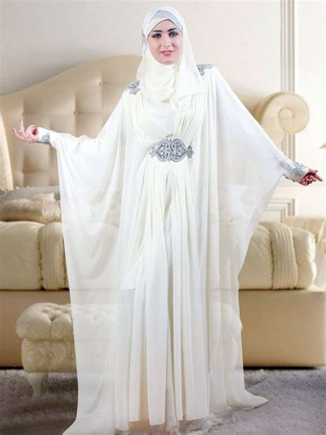 Nancy Abaya Design lends unparalleled elegance to this