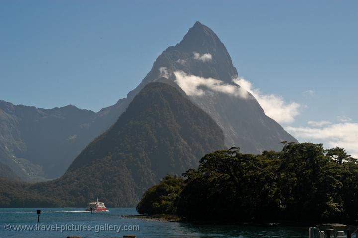 Milford Sound boat trip, Fiordland NP