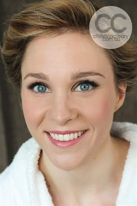 Bridal makeup, makeup blue eyes, makeup green eyes, pink