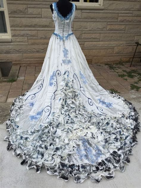 25  best ideas about Halloween bride costumes on Pinterest