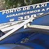 Ponto de táxi que foi removido para criação de faixa de ônibus