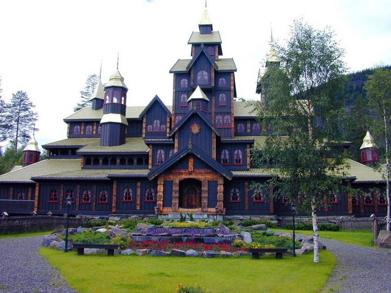 Lillehammer-Fairytail-Castle.jpg