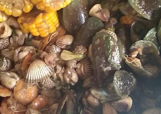 Resep Membuat Seafood saus padang (kerang hijau, kerang dara, cumi, udang) Anti Ribet