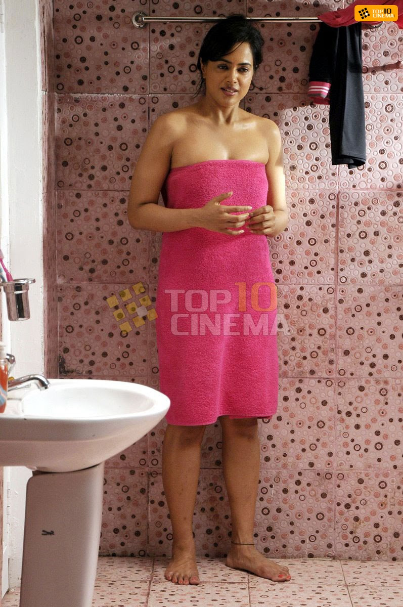 Sameera Reddy Latest Picture