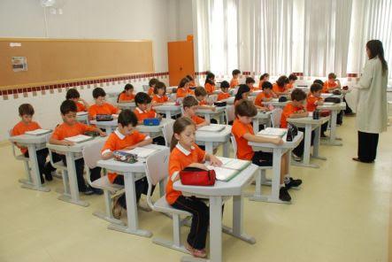 professores_em_sala_de_aula-671879-519d0d91d40bc