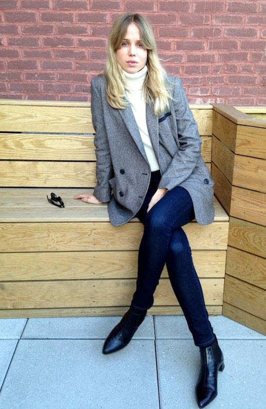 Le Fashion Blog Elin Kling Grey Blazer Cream Turtleneck Sweater Skinny Jeans Croc Leather Ankle Boots Via The Wall