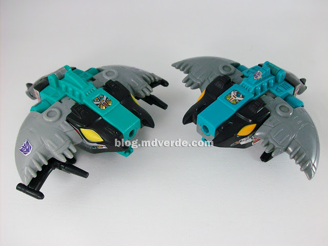 Transformers  Seawing G1 Reissue vs G1 Original - modo alterno