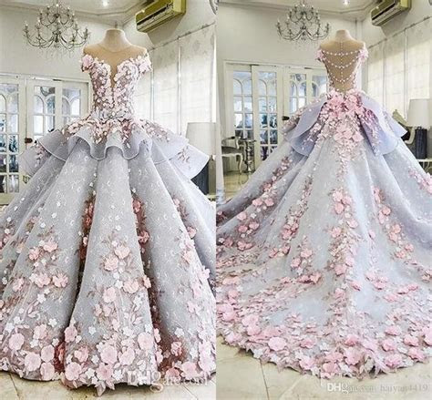 2018 Quinceanera Ball Gown Dresses Peplum 3D Flowers Lace
